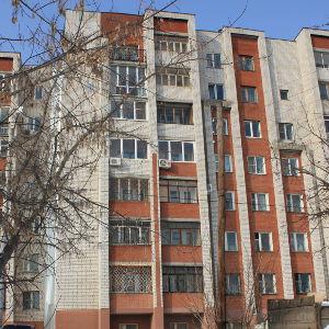 Трещина в доме №15 по улице Ломоносова стала больше - фото